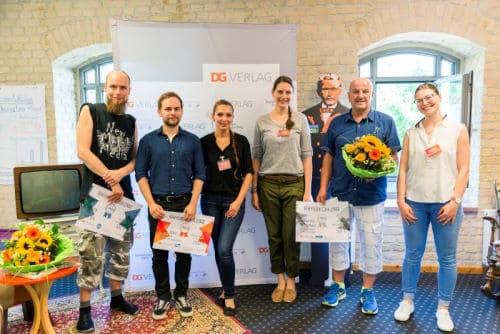 Gruppenfoto mit allen Gewinnern und Gewinnerinnen der Raiffeisen Challange - für Inklusion Muss Laut Sein war Patrick am Start