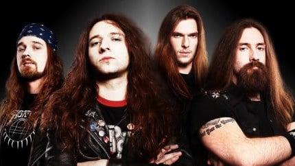 Das Bild zeigt die 4 Bandmitglieder von Rezet